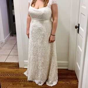 Melissa Sweet Vintage Lace Plus Size Wedding Dress